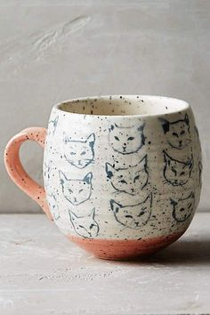 cat print coffee mug-- simple and sweet.