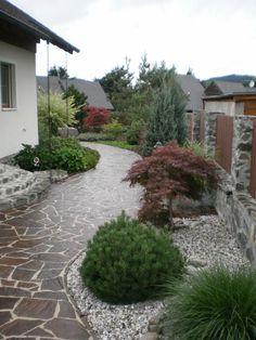 Courtyard: 50 examples of good design Privacy Landscaping, Garden Landscaping, Garden Paths, Garden Art, Front Flower Beds, California Decor, Small Garden Design, Garden Fountains, Landscape Architecture