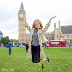 """""""London, I have arrived! Getting in a little sightseeing before a busy London Fashion Week ahead. #lfw #barbie #barbiestyle"""""""