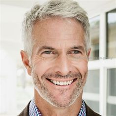 40 Hairstyles for Men in Their Hairstyles & Haircuts for Men & Women is part of Older mens hairstyles - Going grey or losing some hair Not to worry! Our 40 hairstyles for men in their will give you all the ideas you need Best Hairstyles For Older Men, Older Men Haircuts, Haircuts For Men In Their 50s, Mature Male Haircuts, Hairstyles For Men Over 50 Years Old, Grey Haircuts, Old Man Haircut, Haircut Short, Quiff Haircut