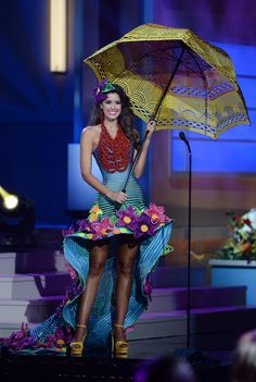 2014 Miss Colombia Paulina Vega National Costume Competition 2015 Miss Universe Costumes, Miss Universe National Costume, Miss Internacional, Thailand National Costume, Miss Colombia, Miss Mundo, Vegas, Pageant, Evening Gowns