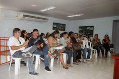 CIDADE - EDUCAÇÃO JORNAL O RESUMO: Prefeito de Arraial do Cabo recebe professores e S...