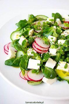 Sałatka z rzodkiewką i fetą Anti Pasta Salads, Pasta Salad Recipes, Healthy Salad Recipes, Raw Food Recipes, Healthy Cooking, Healthy Eating, Leafy Salad, Work Meals, Classic Salad