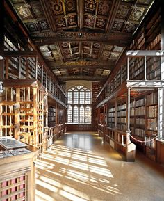 Duke Humfrey's Library, Bodleian Library, University of Oxford, UK. Duke Humfrey's Library was used as the Hogwarts library in the Harry Potter films.