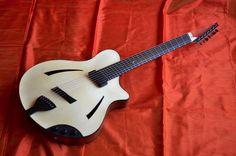 Sankey Guitars - Daphne
