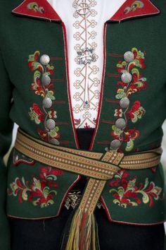 Hardanger Embroidery, Diy Embroidery, Swedish Design, Scandinavian Design, Folk Costume, Costumes, Scandinavian Embroidery, Pagan Fashion, Culture Clothing