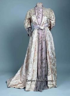 Afternoon dress, Italian, ca. 1900. Silk velvet and tulle; lace & glass beads. Museum of Arts & Crafts, Zagreb