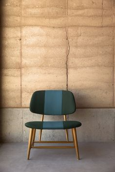 sleek seating upholstered with sunbrella fabrics, modern seating