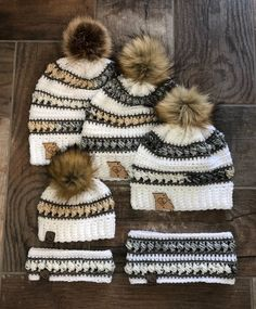 If you love crochet beanies with a gorgeous coordinating stitch, this PDF Pattern is just for you! Make the whole family match for cute snow photos! Modern Crochet, Love Crochet, Crochet Yarn, Single Crochet, Crochet Hooks, Crochet Winter Hats, Crochet Kids Hats, Crochet Clothes, Knitting Patterns