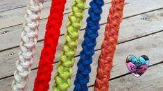 I-cord knitting tutorial (english subtitles) Bracelet Crochet, Crochet Cord, Single Crochet Stitch, Crochet Stitches, Cordon Crochet, Lidia Crochet Tricot, I Cord, Point Lace, Crochet Videos