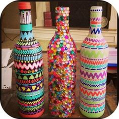 Summer DIY Activities You Need To Try My favorite is the wine bottle decorations. This site also has an easy recipe for taking the label off.My favorite is the wine bottle decorations. This site also has an easy recipe for taking the label off. Bottle Painting, Bottle Art, Diy Bottle, Bottle Lamps, Vodka Bottle, Diy Projects To Try, Craft Projects, Craft Ideas, Diy Ideas