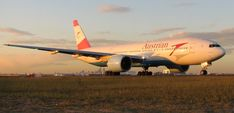 Austrian Airlines will begin flying to Newark Glass Cockpit, Boeing 707, Jumbo Jet, Domestic Flights, Jet Engine, Commercial Aircraft, Austria, Airplanes