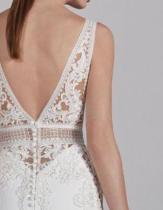 Pronovias Wedding Dresses in KS Pronovias Wedding Dress, Stunning Wedding Dresses, Bohemian Wedding Dresses, Unique Dresses, Bridal Gowns, Wedding Gowns, Wedding Blog, Making A Wedding Dress, Mermaid Dresses