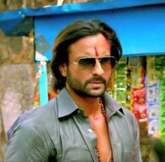 #Saif looking ultra cool in #shades in #bulletraja. Take a pick from http://www.shopglasses.co.in/sunglasses/ if you want to look good in #sunglasses