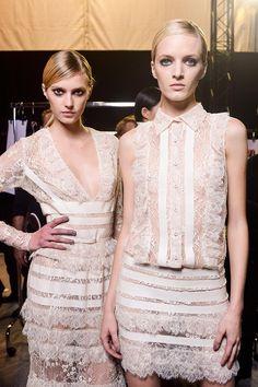 vestidos cortos de la temporada primavera-verano 2013 para el día de tu boda: desfile de Elie Saab