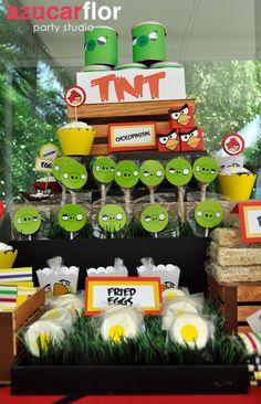 "Photo 1 of 34: Angry Birds / Birthday ""Angry Birds"" | Catch My Party Bird Theme Parties, Bird Birthday Parties, 5th Birthday Party Ideas, Party Themes For Boys, Boy Birthday, Cumpleaños Angry Birds, Festa Angry Birds, Big Party, Time To Celebrate"