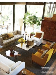 Love the colors! Creates a warm and inviting space to entertain. Beautiful