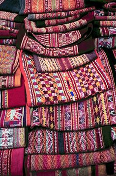 Bolivian textiles.  Love the geometric shapes.