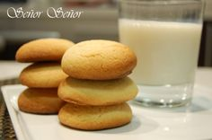 The Best Danish Cookies Recipes on Yummly Cookies Without Brown Sugar, Danish Cookies, Cookie Recipes, Dessert Recipes, Thermomix Desserts, Danish Food, No Sugar Foods, Brownie Cookies, Quick Easy Meals