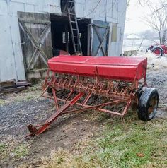 john deere 216 potato planter vintage farm tools pinterest tractor rh pinterest com McCormick IH-10 Grain Drill Press McCormick IH-10 Grain Drill Press