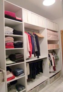 pax middle closet. rail in top part, pants rail on bottom part.