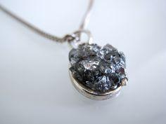 K.E.E. — Crushed glass Crushed Glass, Diamond Earrings, Jewelery, Crushes, Accessories, Jewlery, Jewels, Jewerly, Schmuck