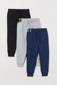 Boys Pants and Leggings - Shop online Outfits For Teens, Boy Outfits, Jogger Pants, Joggers, Sweatpants, Style Personnel, Cotton Jumpsuit, Latest T Shirt, Boys Pants