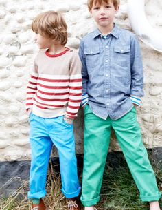 Nice looks for boys.    I've spotted this @BodenClothing Chinos Pacific