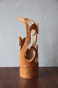 name : Kagi Bamboo Candle Holder Size:400×150  Contact : http://www.b-p-j.com/contact.html