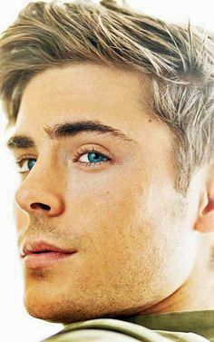 love his eyes <3