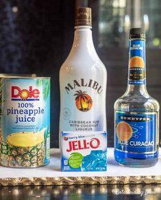 This Blue Hawaiian Jello Shot Recipe With Malibu Rum Is To Die For . This Blue Hawaiian jello shot recipe with Malibu rum is to die for blue color alcohol - Blue Things Malibu Jello Shots, Best Jello Shots, Malibu Drinks, Jello Shots Tequila, Jello Shots With Rum, Summer Jello Shots, Alcohol Jello Shots, Key Lime Jello Shots, Tipsy Bartender Jello Shots