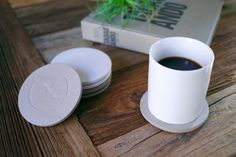 "Image of (multee)project ""Wabi-sabi"" Concrete Coaster Set by Culinarium"