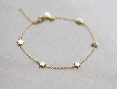 Star Bracelet Delicate Chain Bracelet by amandadeer on Etsy Dainty Jewelry, Cute Jewelry, Modern Jewelry, Silver Jewelry, Jewelry Accessories, Silver Ring, Daisy Jewellery, Quartz Jewelry, Contemporary Jewellery