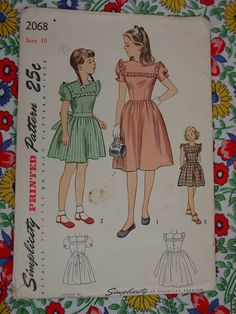 Vintage Pattern 1945 Simplicity No.2068  Girls Dress Sz.10