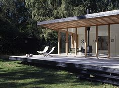 Designed by Christensen & Co. Architects in conjunction with Pernille Poulsen, this Summer Cottage In Denmark is a canopied timber structure measuring only 689 square feet but because of its de… Tree House Designs, New Home Designs, Tiny House Design, Flat Roof Design, Contemporary Garden Rooms, Small House Floor Plans, House Plans, Forest Cabin, Timber Structure