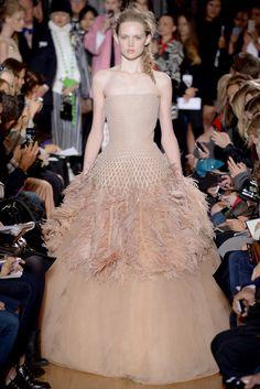 La robe autruche de Giles