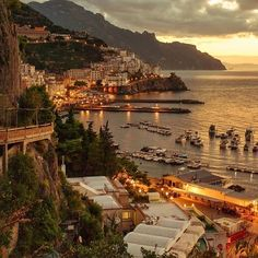 [New] The 10 Best Travel Ideas Today (with Pictures) - Amalfi Italy The Places Youll Go, Places To Visit, Wonderful Places, Beautiful Places, Places To Travel, Travel Destinations, National Trust, Travel Aesthetic, Future Travel
