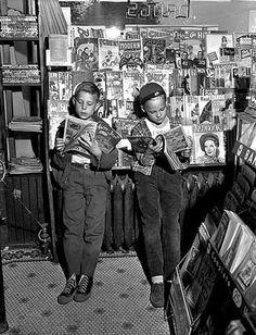 vintage comic shop at DuckDuckGo Comics For Sale, Comic Games, Vintage Comics, Book Reader, Love Book, Vintage Children, Better Half, Comic Strips, Books To Read