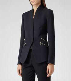 Womens Lux Navy Streamlined Slim-fit Blazer - Reiss Arya