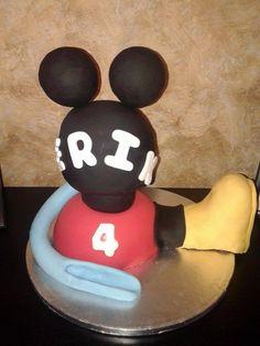 tarta Casa Mickey mousse de fondant