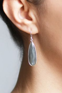 Stunning Labradorite Stone And Silver Earrings #labradoriteearrings #gemstoneearrings #stoneearrings