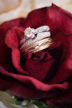 Wedding bands and engagement ring Marsala, Wedding Bands, Heart Ring, Engagement Rings, Jewelry, Rings For Engagement, Marsala Wine, Wedding Rings, Jewlery