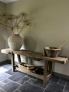 Rustic Home Design, Rustic Decor, Interior Walls, Interior Design, Diy Furniture, Decoration, Entryway Tables, Sweet Home, Bedroom Decor
