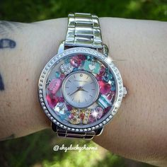 Love this 31 Gifts and bags inspired watch! www.RebeccaS.OrigamiOwl.com