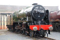 Royal Scot Class locomotive No. 46115 'Scots Guardsman'