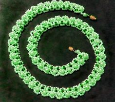 Free pattern for beautiful beaded necklace Tender Mint   U need: seed beads 10/0 seed