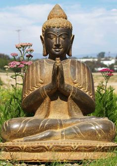 "Praying Garden Buddha Statue 25"" ""Your purpose in life is to find your purpose and give your whole heart and soul to it""  ― Gautama Buddha"