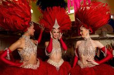 The Moulin Rouge Moulin Rouge Costumes, Moulin Rouge Dancers, Moulin Rouge Paris, Burlesque Costumes, Dance Costumes, Showgirl Costume, Vegas Showgirl, Burlesque Show, Vintage Circus
