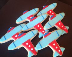 """Airplane Decorated Sugar Cookies 1 Dozen by LaPetiteCookie on Etsy You could have a """"oh, the places you'll go birthday"""". and we can get him ready for his big plane ride in DEc. Cookies For Kids, Baby Cookies, Iced Cookies, Cute Cookies, Sugar Cookies, Planes Birthday, Diy Birthday Cake, Birthday Cookies, First Birthday Parties"""