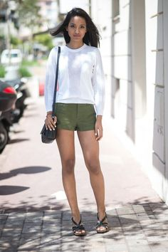 Pin for Later: Turns Out, It Isn't About the Guys at All at Men's Fashion Week Summer Street Style It doesn't always have to be a standout outfit; sometimes cool neutrals and a great pair of sandals can be just as head-turning.